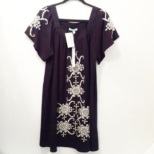 She and Sky embroidered navy sheath shift dress